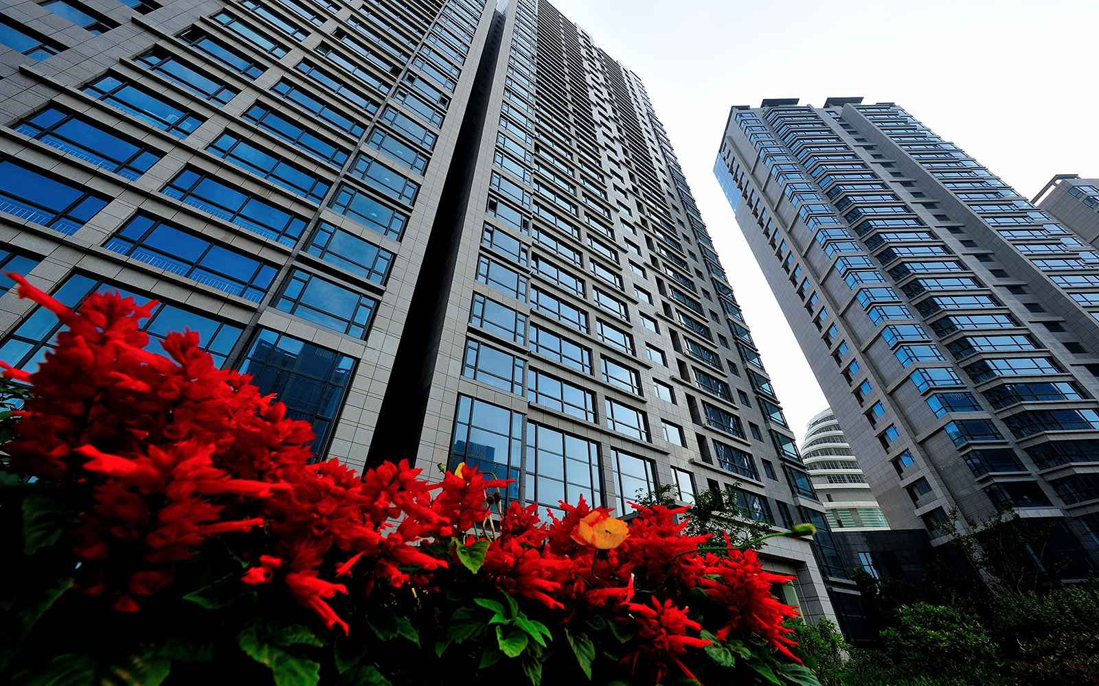 Slide11 MARINA BAY HIGH-RISE RESIDENTIAL